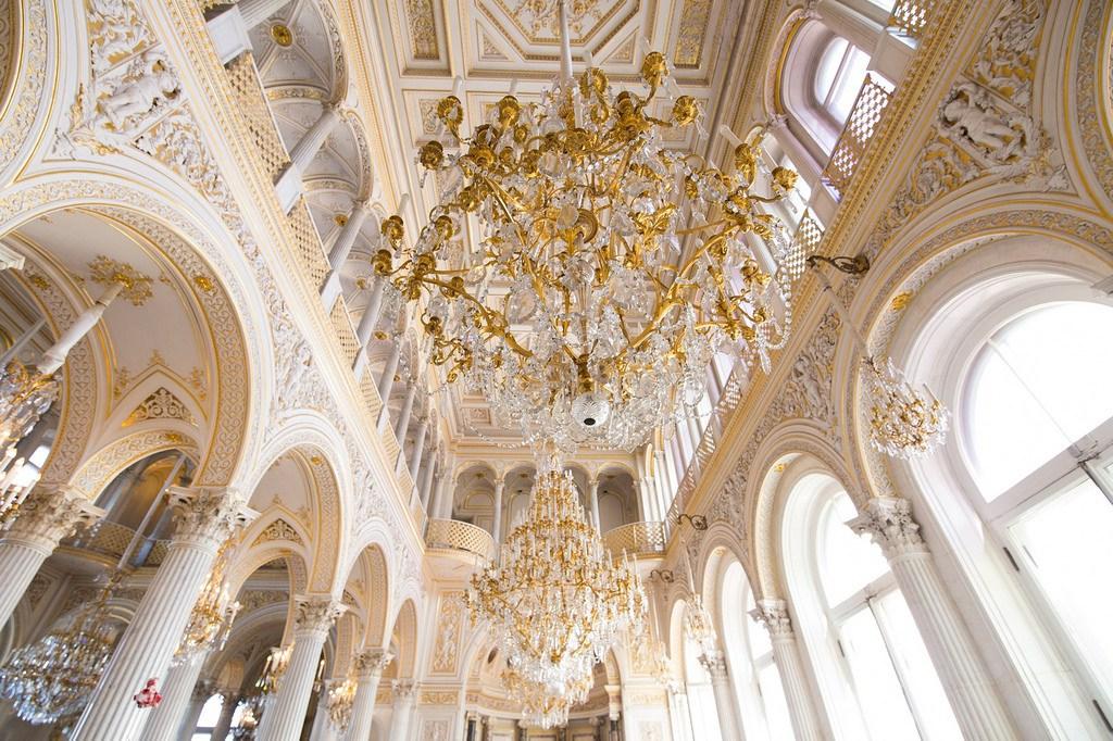 Rusland Pomp Og Pragt I Vinterpaladset I Skt Petersborg Afterglobe